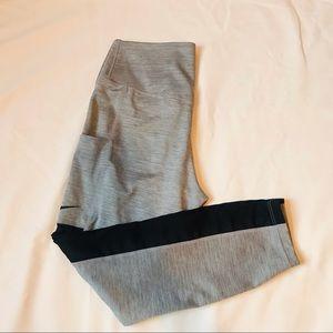 Nike dri fit heather grey crop mesh leggings with pockets size medium